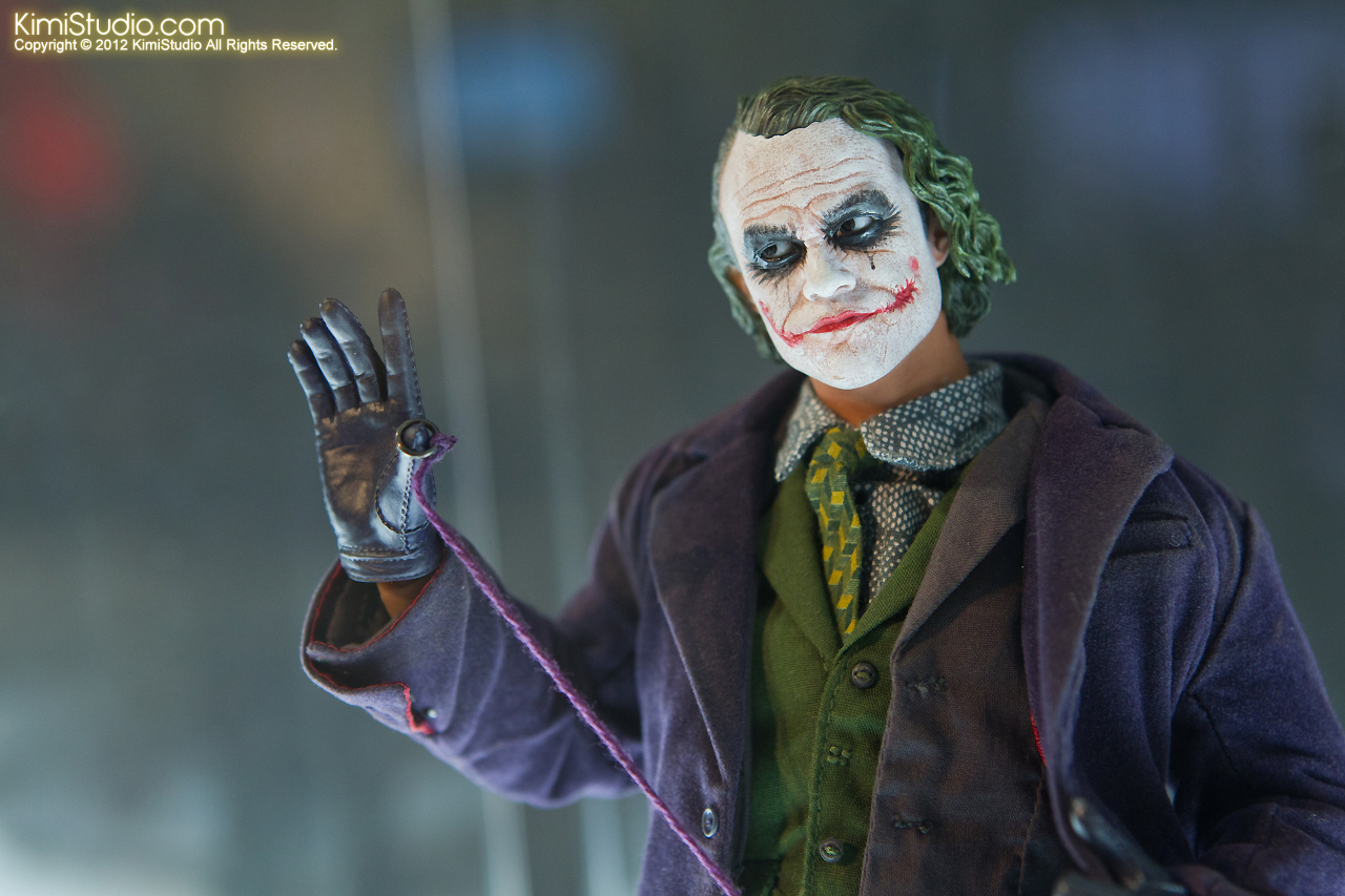 2011.11.12 HOT TOYS-022