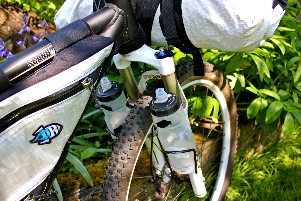 Best Kind Of Water Bottle Cage For Strapping To Fork Leg