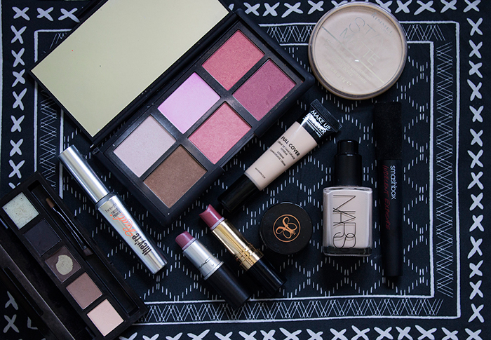 What's in my makeup bag: Nars, HD Brows, MAC, Revlon, Benefit, Anastasia Beverly Hills, Make Up For Ever and Rimmel.