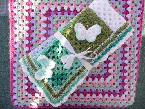 Ginnyknit (UK) Has very kindly made and donated a Blanket to SIBOL.