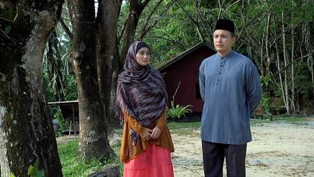 Sofia dan bapanya, Haji Halim