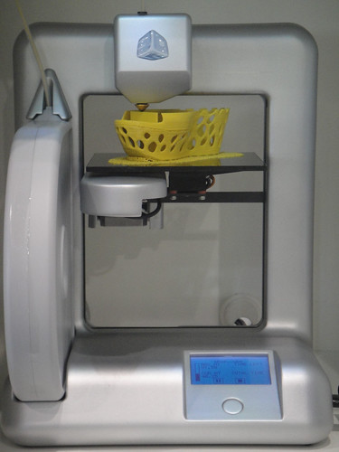 CES 2012 - Cubify 3D printing