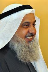 dastar(0.0), face(1.0), facial hair(1.0), clothing(1.0), head(1.0), hair(1.0), person(1.0), beard(1.0),
