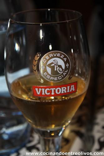 Cerveza Victoria y Mil Milagros (6)