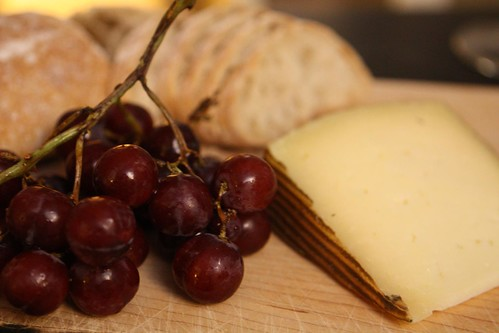 Manchego with Grapes and Ciabatta