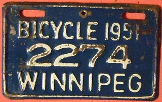 WINNIPEG, MANITOBA 1951 ---BICYCLE PLATE