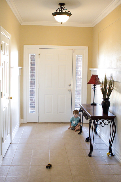 entryway_before1