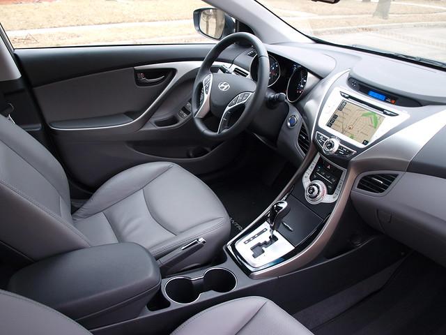 2012 Hyundai Elantra Limited 9