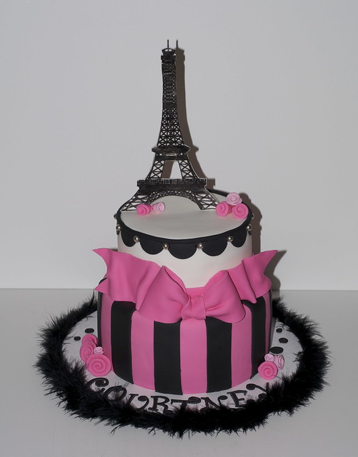 Night in Paris Theme Birthday http://www.flickr.com/photos/dessertsbyrondi/6858634561/