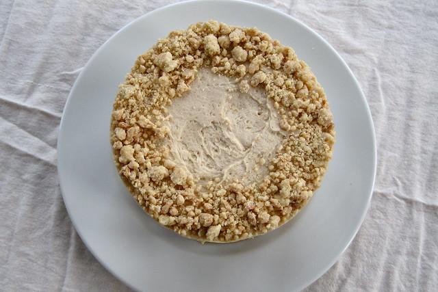 Crowning pie crumb