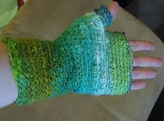 basic fingerless mittens in noro taiyo (1)