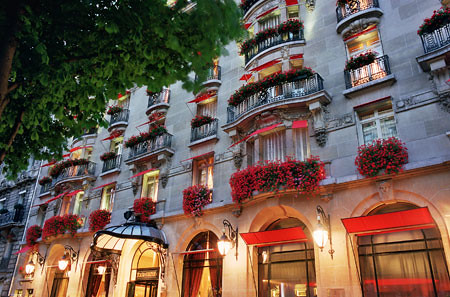 Hotel Plaza Athenee, Paris