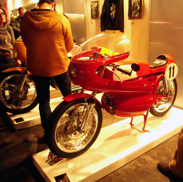 Sweet Red Cafe Racer