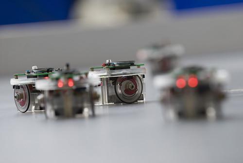 Swarming robots