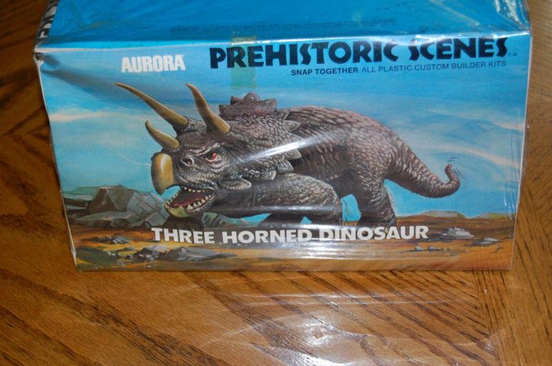 aurora_prehistoric_triceratops