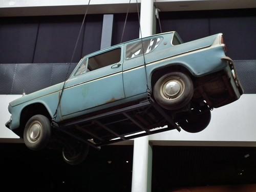 Ford Anglia 105E Deluxe sedan - Harry Potter Flying Car