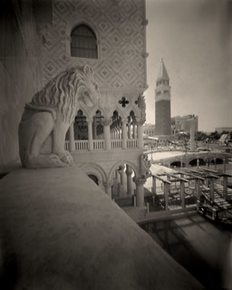 pinhole: after glow 3, venetian