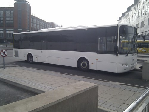 Arriva King Long Demonstrator (Front)