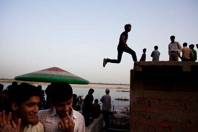 Jump - The Decisive Moment in Street Photography