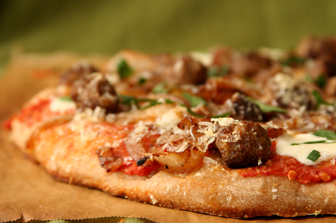 lamb meatball pizza