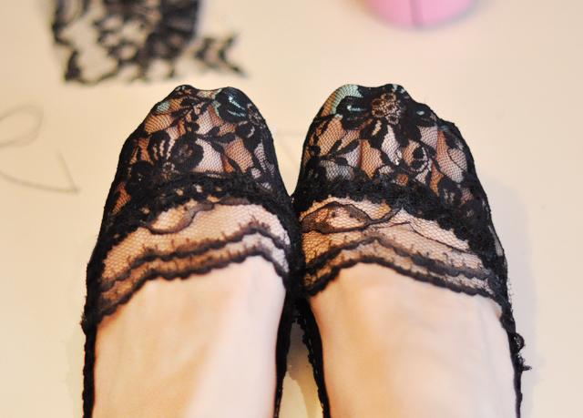 DIY black lace socklets