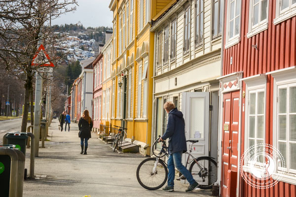 Is It Possible to Travel Norway on a Budget? Walk or Bike in Norway