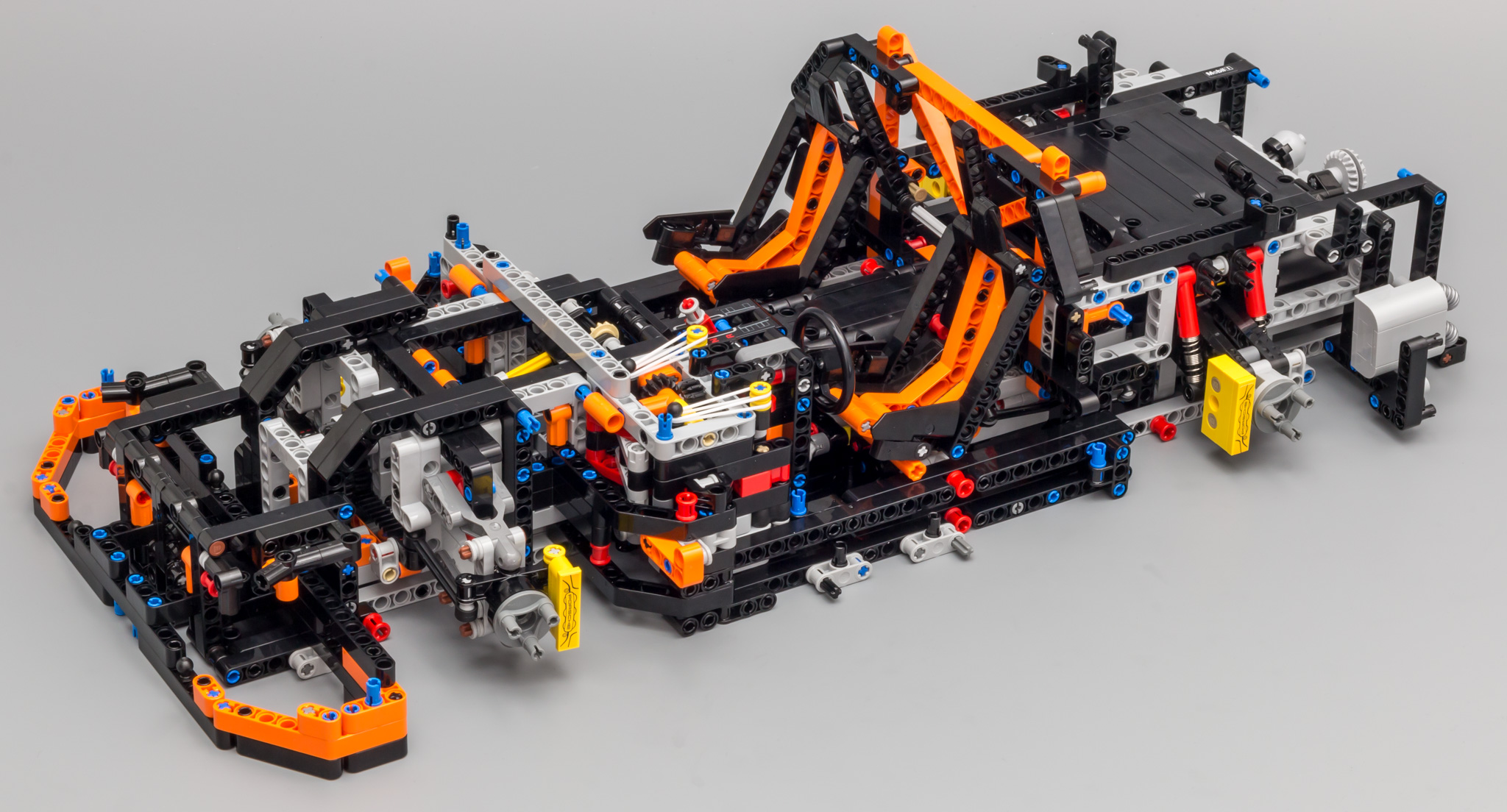 review 42056 porsche 911 gt3 rs lego technic and. Black Bedroom Furniture Sets. Home Design Ideas