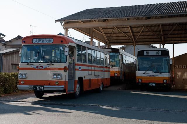 伊予鉄南予バス 日野 K-RL321 長浜営業所
