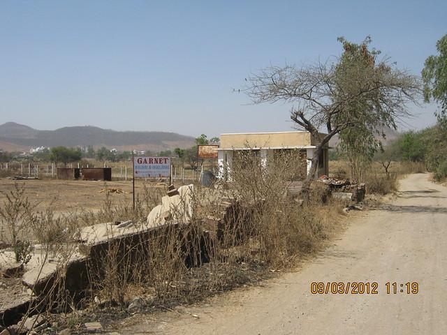 Plot of Garnet on the way to Sanjeevani Developers' Sangam at Sus Pune