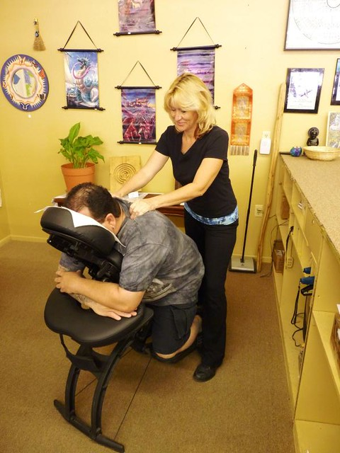 massage-at-astrology-store