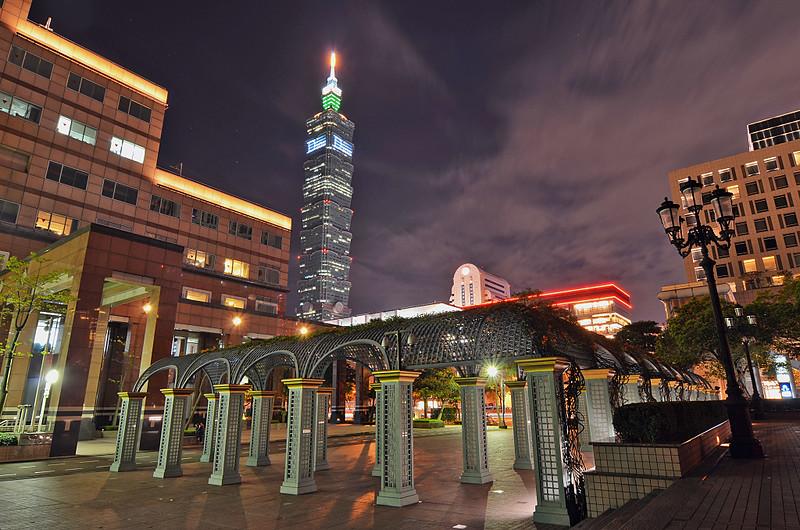 台北信義區夜拍(老梗)