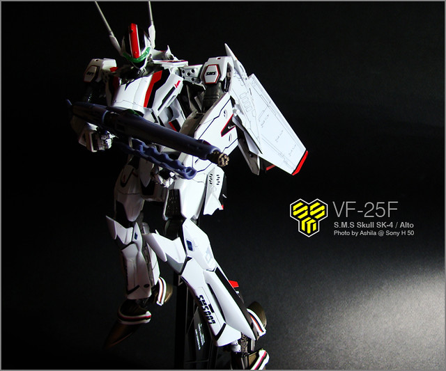 VF-25F_03