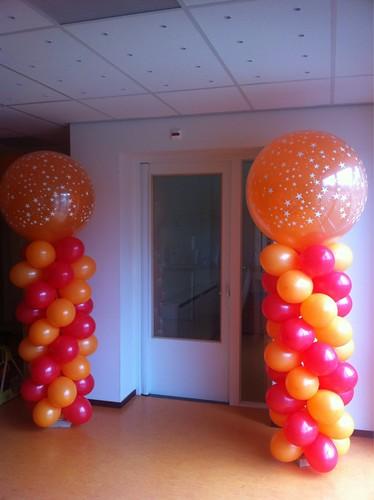 Ballonpilaar Breed Rond Opening Kinderdagverblijf De Kinderkoepel Hellevoetsluis