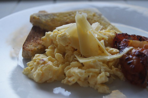 Scrambled Eggs with Fried Tomatoes