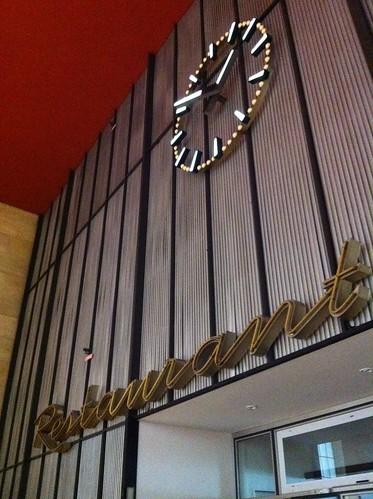 Restaurant - Flughafen Berlin Tempelhof by despod