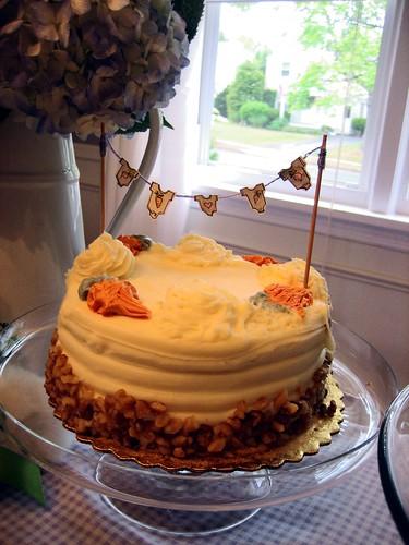 Carrot Cake w/Bunting