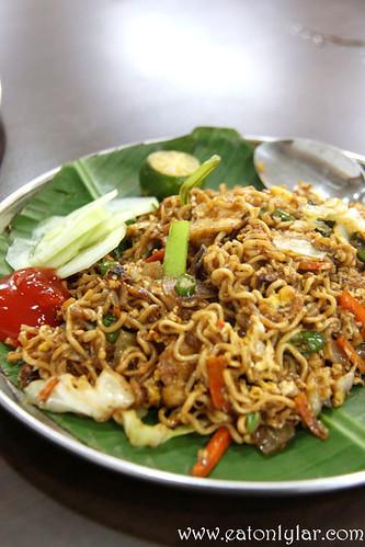 Maggi Goreng, Moorthy's Mathai Restaurant