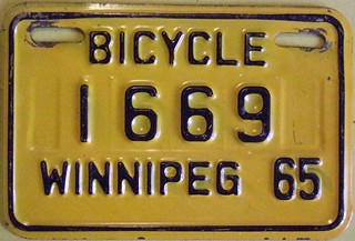 WINNIPEG MANITOBA 1965 ---BICYCLE PLATE