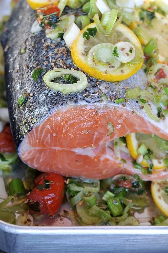 salmão assado com funcho