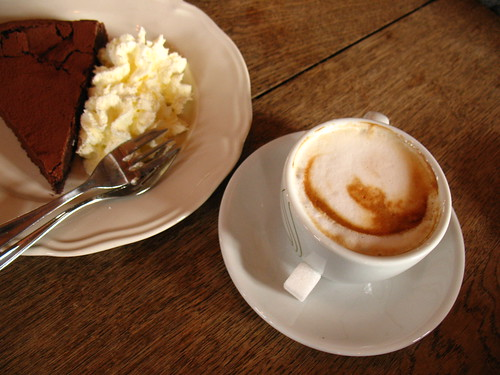 capuccino and flourless chocolate cake