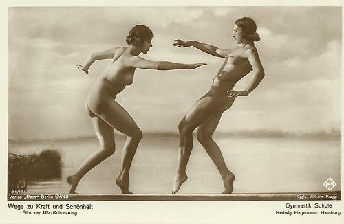 Gymnastik Schule Hedwig Hagemann in Wege zu Kraft und Schönheit (1925)