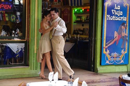 Tango na rua. by pqueirozribeiro