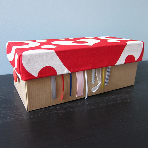Iron Craft Challenge #9 - Shoebox Ribbon Organizer/Dispenser