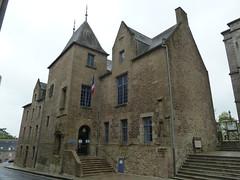 Fougeres- Hotel de Ville - Photo of Villebaudon