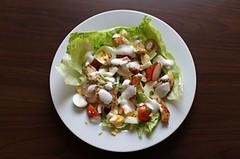Jarní kuřecí salát. Kila jdou dolů