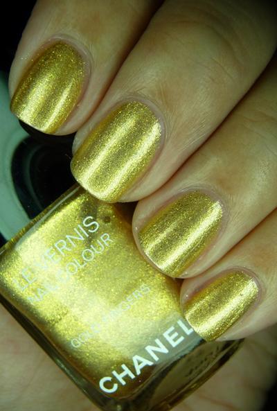 chanelgoldfingers23