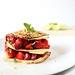 Pancake alla ricotta con insalata di fragole pistacchi e miele