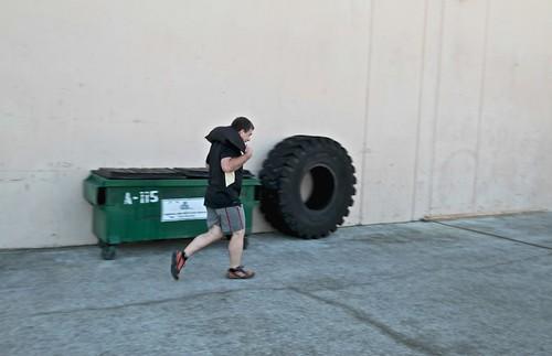 MC runs 800m with the 60# bag