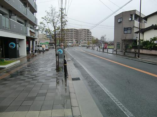 歩道が広い住宅街