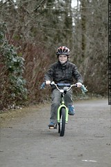 nick approaching on his bicycle    MG 8632